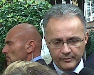 Il ministro della Difesa italiano, Mario Mauro