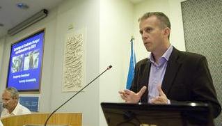 Il responsabile della divisione per la sicurezza alimentare di Oxfam, Chris Leather