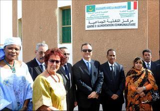 Frattini in visita a un centro nutrizionale finanziato dall'Italia