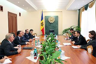 L'incontro tra Frattini e il premier moldavo, Vlad Filat