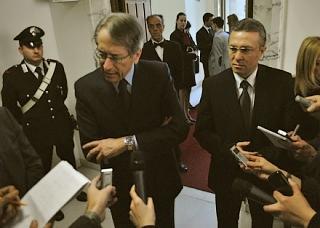 Il ministro degli Esteri italiano, Giulio Trezi, ed il suo omologo romeno, Christian Diaconescu