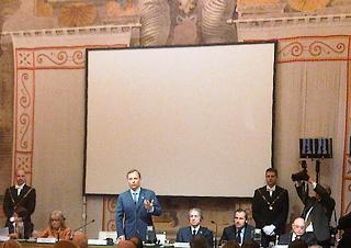 Il presidente della Camera Gianfranco Fini con il capo dello stato serbo, Boris Tadic