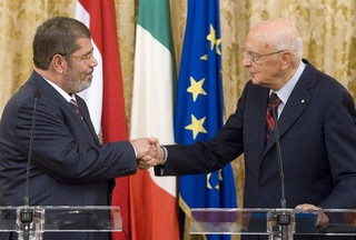 Il presidente Napolitano insieme al presidente Morsi