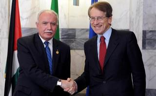 Il ministro palestinese Malki insieme a Terzi