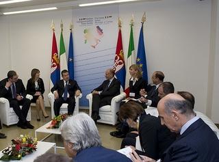I colloqui tra le due delegazioni governative