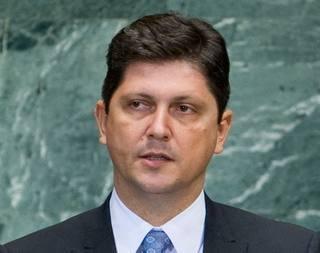 Il ministro degli esteri romeno Titus Corlatean