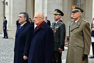 Il presidente italiano, Giorgio Napolitano, con l'omologo turco, Abdullah Gul, al Quirinale