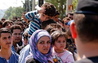 Rifugiati al confine tra Grecia e Fyrom