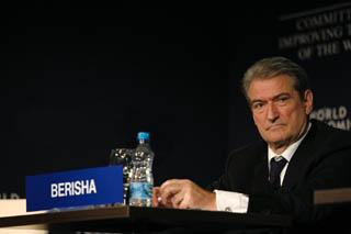 Il primo ministro dell'Albania, Sali Berisha