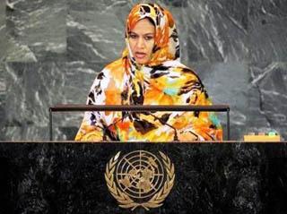 La ministra degli Esteri della Mauritania, Naha Mint Hamdi Ould Mouknass