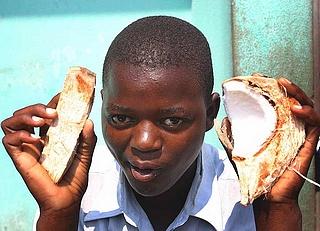 Un bambino di Maputo (Wikimedia)