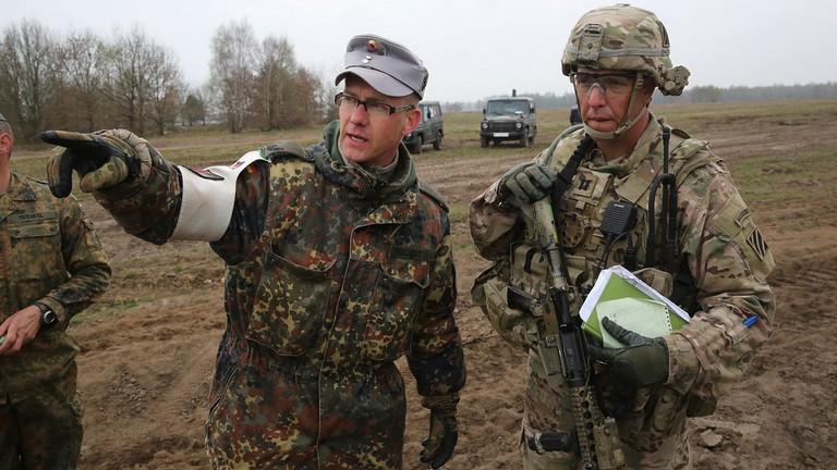 Gli Usa ritirano 11'900 soldati dalla Germani